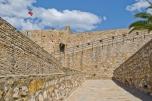Como casi toda ciudad turca, Çesme también tiene su castillo.