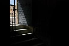 La entrada a uno de las habitaciones del castillo de Çesme.