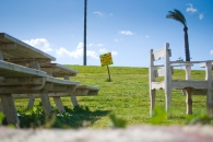 Hasta las mansiones más grandes y mejor ubicadas de la ciudad no soportan a la baja temporada y se ponen a la venta.