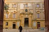 Fachada de edificio de Mdina